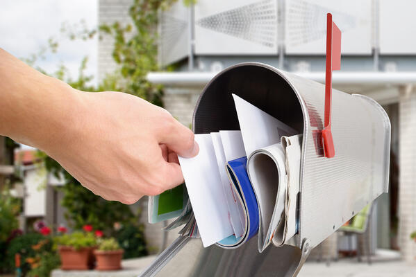 Premier Print Group Provides Mailing Solutions